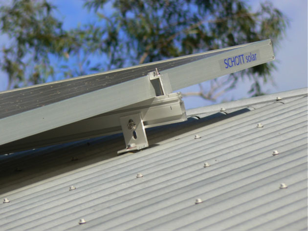 How to install solar panels on a metal roof - without leaks. - Solar ...