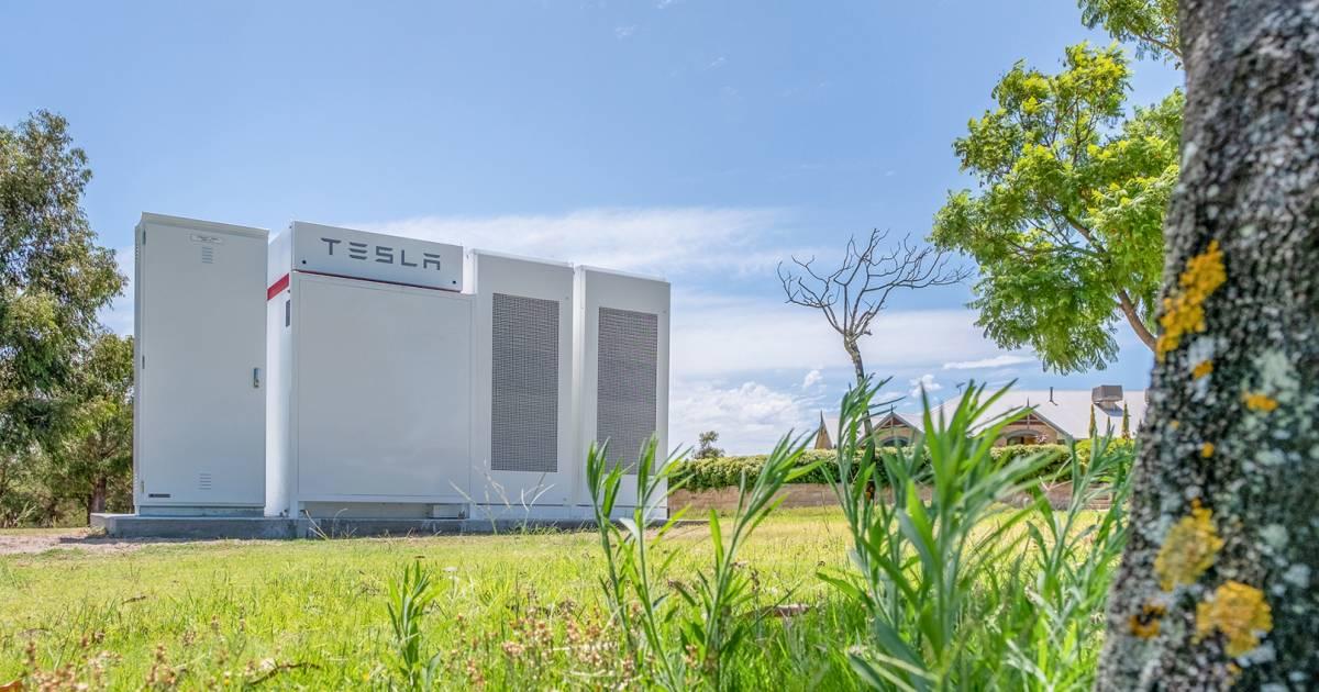 Tesla Powerpack - PowerBank trial Perth